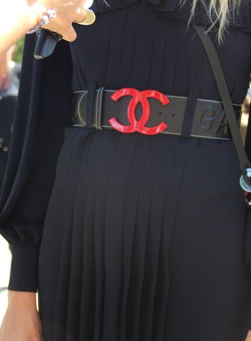 LOOK XLV: Veronika Heilbrunner, co-founder of Hey Woman! Wearing Chanel