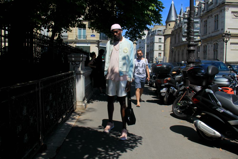 LOOK XLVIII: Gregory Robert in Paris - Enfnts Terribles