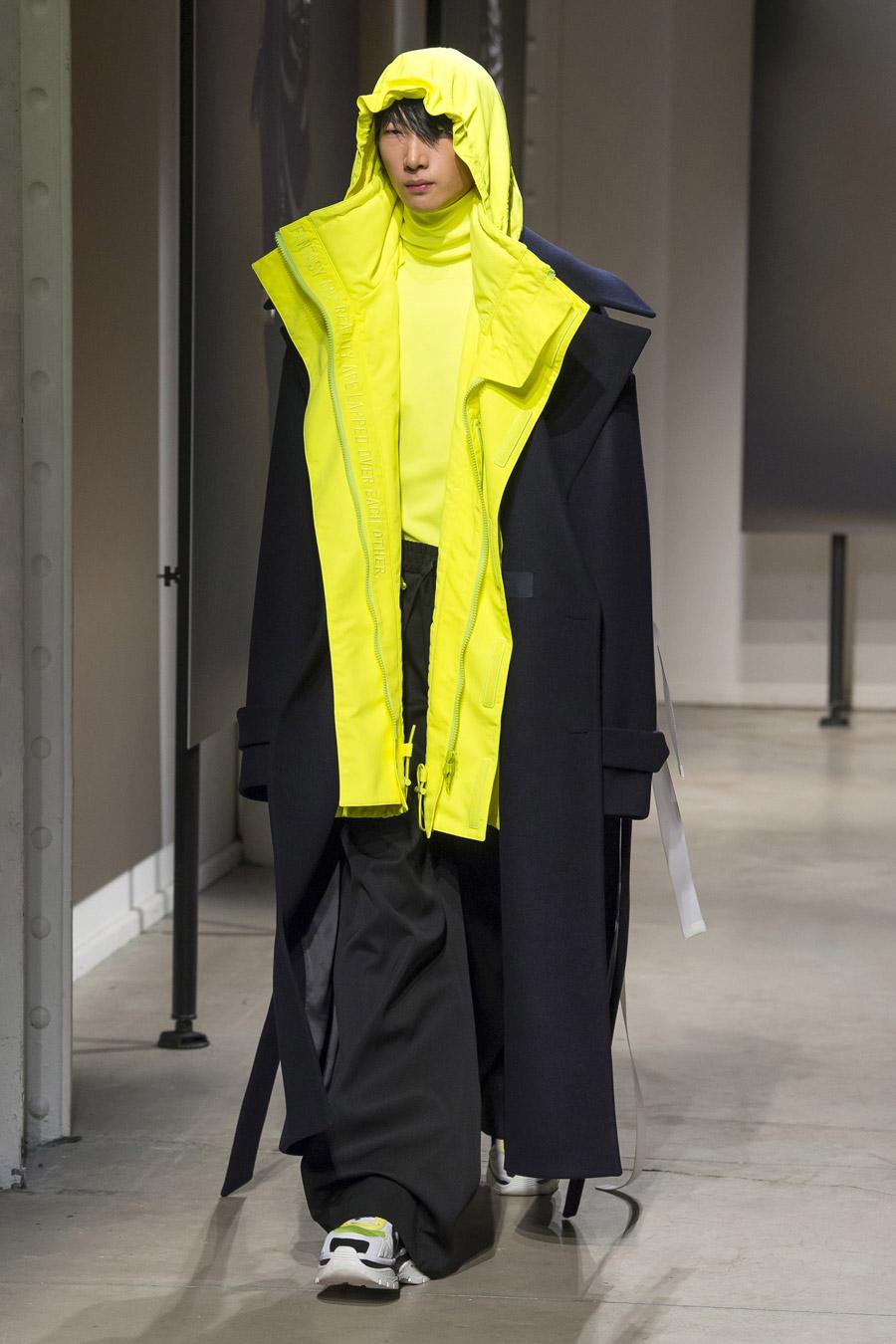 Juun J FW18 Menswear - Paris Fashion Week Men