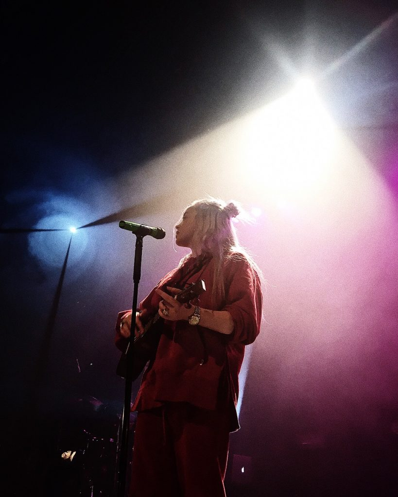 BIllie Eilish performing in Brussels