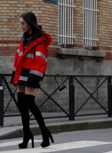 Look LVII - Firefighters jacket (Paris Street Style Fall 2018) - ENFNTS TERRIBLES Magazine