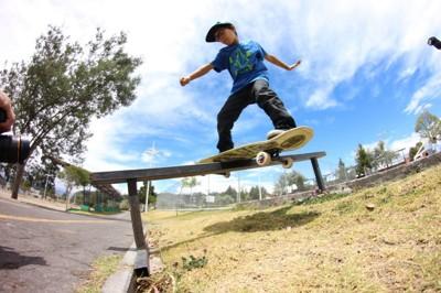 986-Skate-Gonzalito