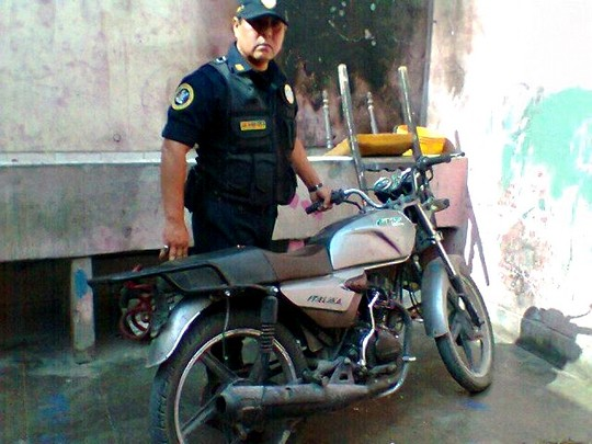 Recuperada motocicleta abandonada (5)