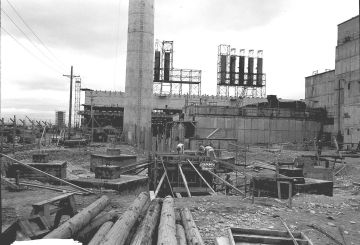 Hanford_B_reactor_construction