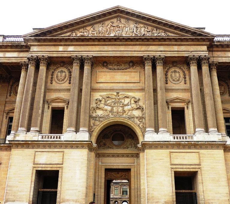 colonnade du louvre