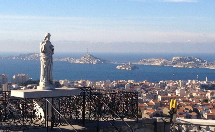Notre-Dame-de-la-Garde veille sur Marseille