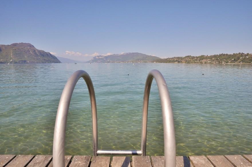 Baignade au lac du Bourget