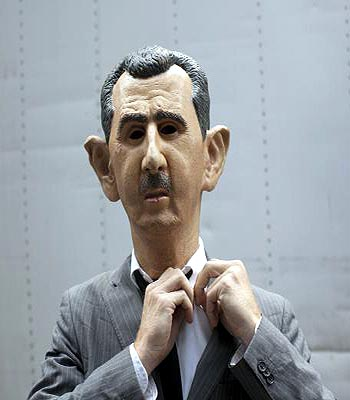 Syria army HQ bombed as leaders at UN clamor for peace