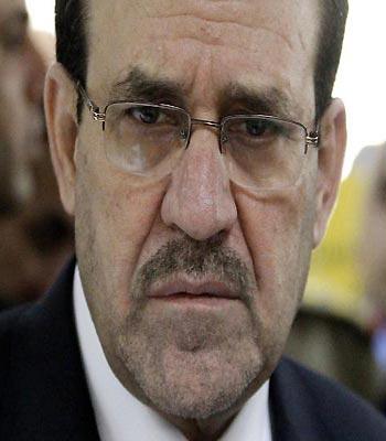 In Syrian shadow, Iraq's Maliki juggles Tehran, Washington