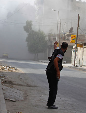 """Turkey to use """"greater force"""" if further Syria shelling"""