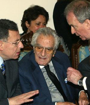 Thousands of Lebanese mourn anti-Syrian publisher