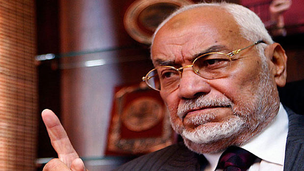 Former MB Guide Says Legal Status Crisis 'Absurd'