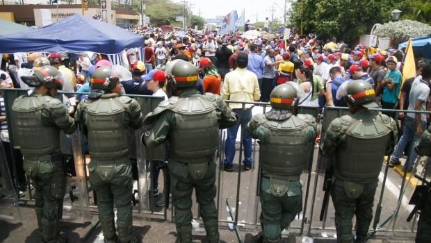 Venezuela Opposition Fears Crackdown, US Wavers on Maduro