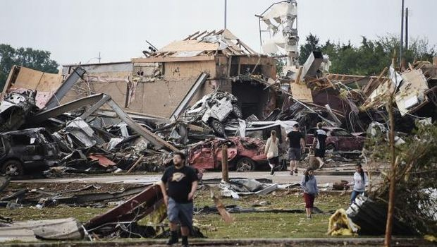 Many children among 91 feared dead in tornado-hit Oklahoma