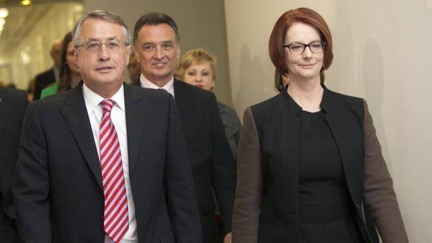 Aussie PM Gillard loses leadership ballot to Rudd