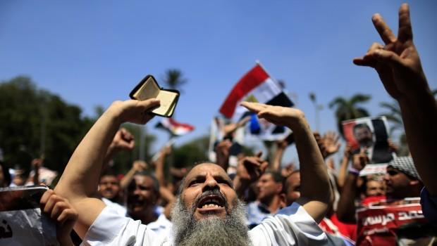 Egypt's Salafists divide over Mursi ouster