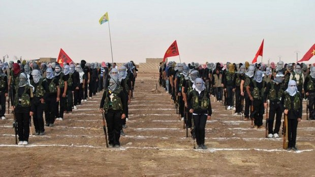 Syrian Kurds capture border crossing with Iraq