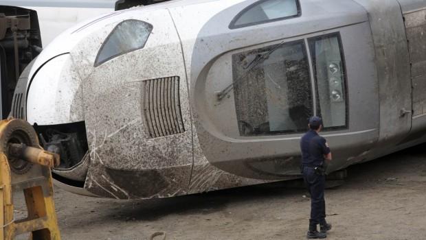 Spanish train crash driver leaves hospital, remains in custody