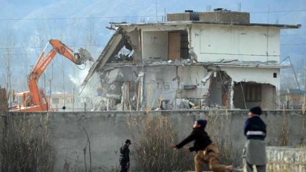 Pakistan overturns jail term of doctor who helped find bin Laden