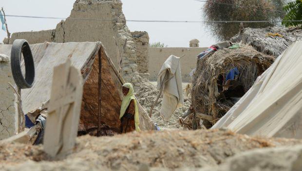 New major earthquake rocks southwest Pakistan