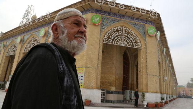 Baghdad: Senior Sunni scholars defy decision to close mosques