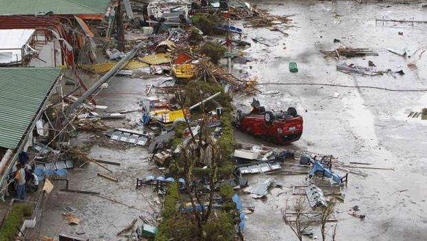 At least 1,000 killed in Philippine city: Red Cross