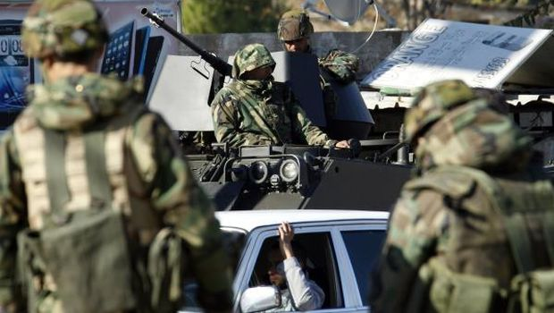 Lebanon: Army attacked by suicide bombers for first time