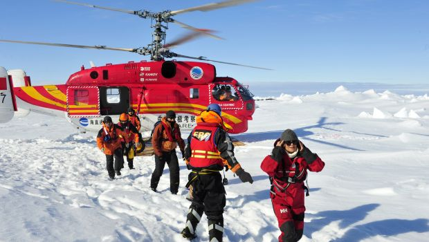 Passengers rescued from icebound Antarctic ship