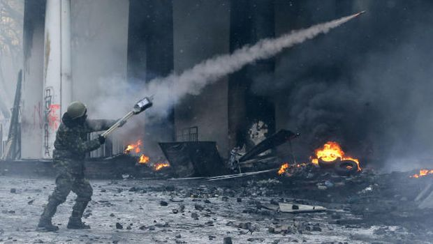 Police, protesters clash after Ukraine's president offers foes posts