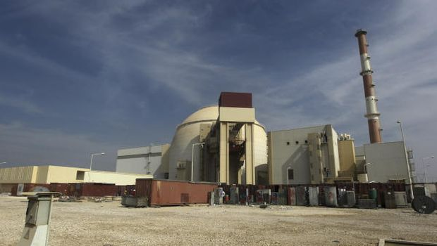 Iran says Russia could build nuclear reactor in exchange for oil