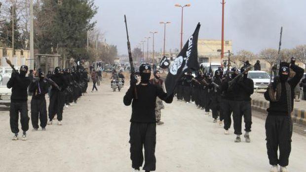 Al-Qaeda breaks links with ISIS