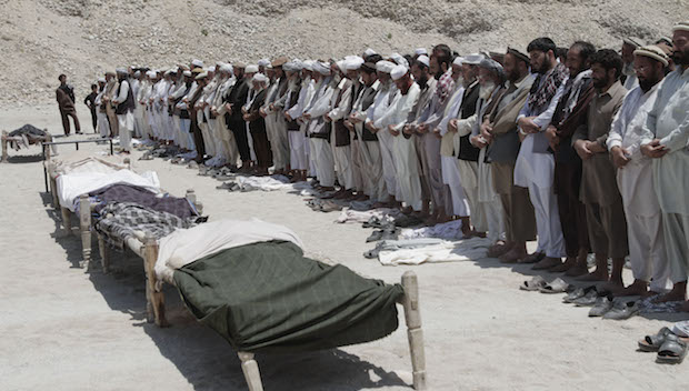 Afghan civilian deaths up in 2013 as war intensifies