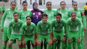 Algeria's female soccer team players pose before their return match with Morocco in the African Nations Football Championship Ladies CAN 2014 on March 1, 2014 at the Crown Prince Moulay El Hassan Stadium in Rabat, Morocco. (AFP Photo/Fadel Senna)