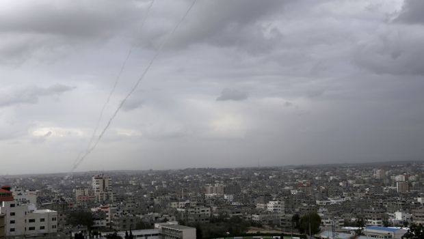 Gaza militants fire second barrage of rockets into Israel