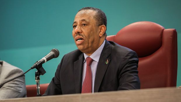 Libya: Acting PM says will halt illegal export of oil