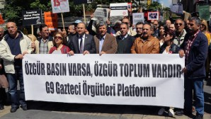 Turkish journalists gather to protest against attacks on journalists and media freedom in Ankara, Turkey, on May 3, 2014. (AP Photo/Burhan Ozbilici)