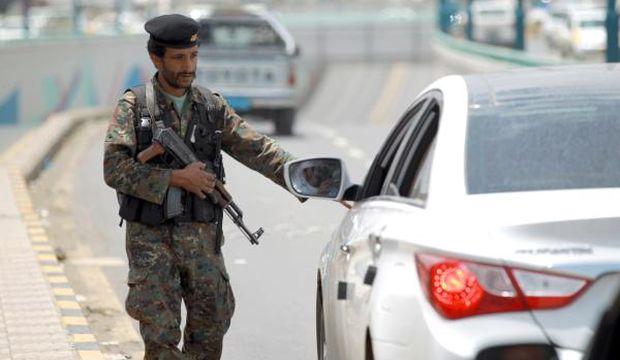 At least 14 Yemeni soldiers killed in Al-Qaeda ambush