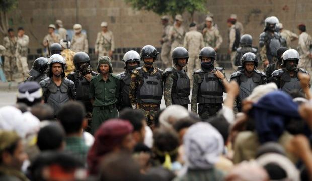 Yemeni government, Houthis exchange accusations over Sana'a deaths
