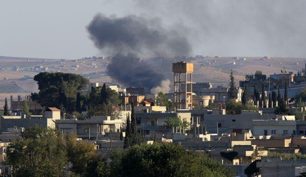 ISIS presses assault on Syrian border town, Kurds warn Turkey