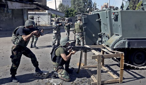 Lebanon army fights Islamist gunmen in north for third day