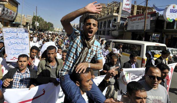 Yemeni army kills five Al-Qaeda suspects near Saudi border