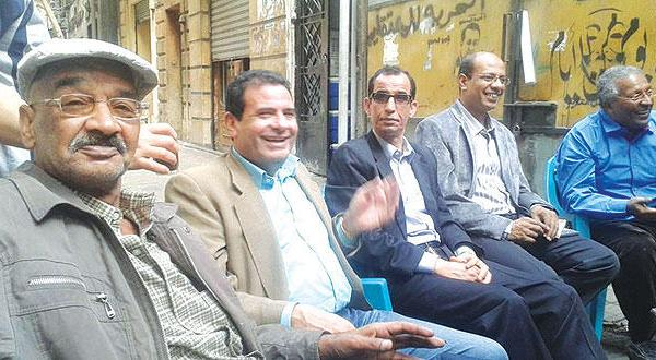 """The cultural conflict between the """"Elites"""" and the Harafish in Cairo's coffeehouses"""