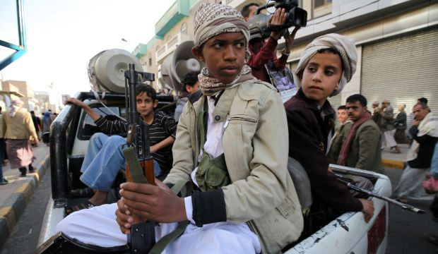 Iran to supply Yemen with oil for a year: Houthi official