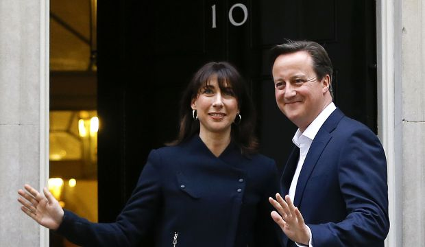 Cameron sweeps to unexpected triumph in British election