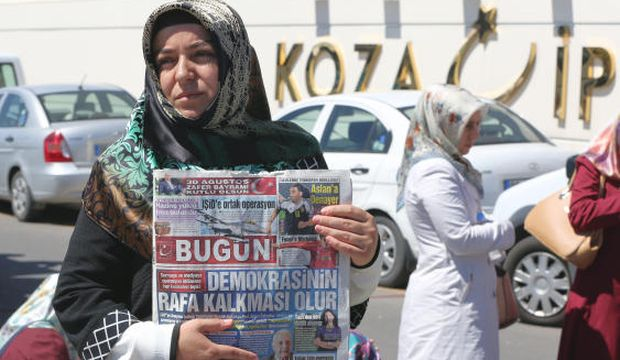 Turkish police raid offices of opposition newspaper