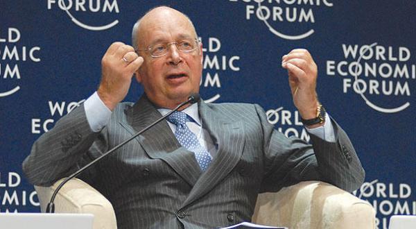 Klaus Schwab to Asharq Al-Awsat: The 4th Industrial Revolution a Two Edged Sword