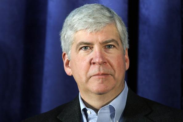 Congress Urges Resignations of Michigan Governor, EPA Chief Over Flint