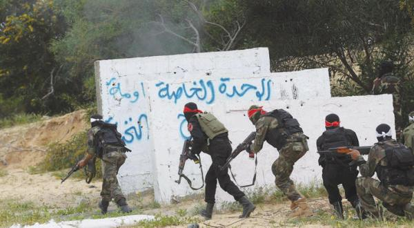 Hamas Answers Egypt's Questions and Listens to its Advice