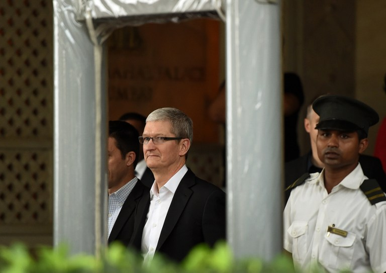Apple CEO, Indian PM Meet in New Delhi