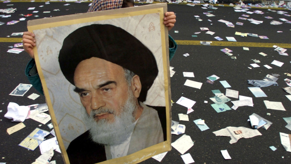 U.S. Cables: Khomeini Exchanged Secret Letters with Kennedy and Carter Asking for Support